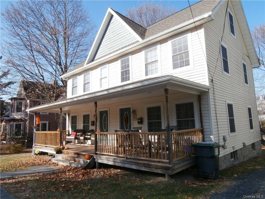 2 Family Duplex Home in Village of Warwick